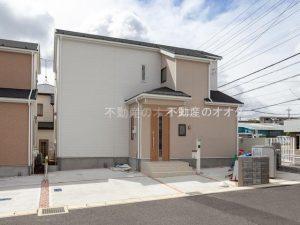 鎌ケ谷市中佐津間の新築一戸建ての写真です